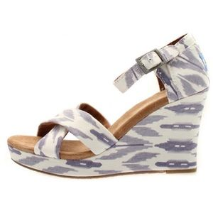 TOMS - Canvas Ikat Pattern Open Toe Wedges - 9